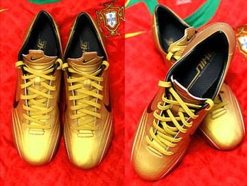 nike金色球鞋 史上最靓丽的杀手-服装图库-重庆服装